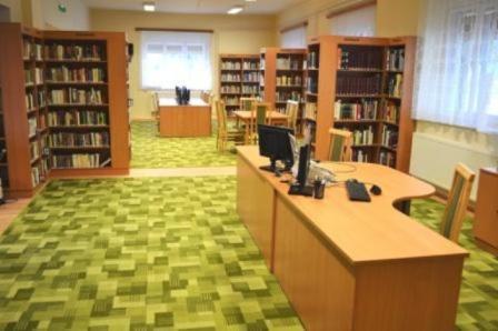 Nyáron is vár a könyvtár!