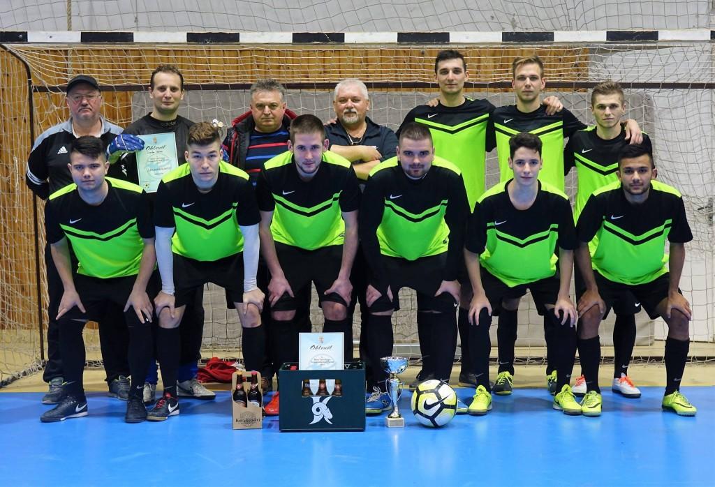 Aktív pihenéssel tölti a téli hónapokat a Szabadszállási SE labdarúgó csapata