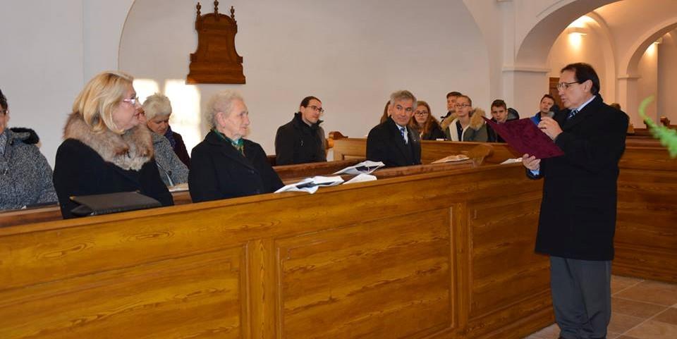 Gazsóné Kati néni tiszteletbeli presbiter köszöntése