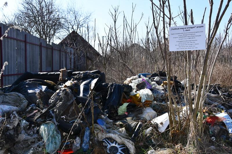 Elkezdődött az illegális hulladéklerakók felszámolása
